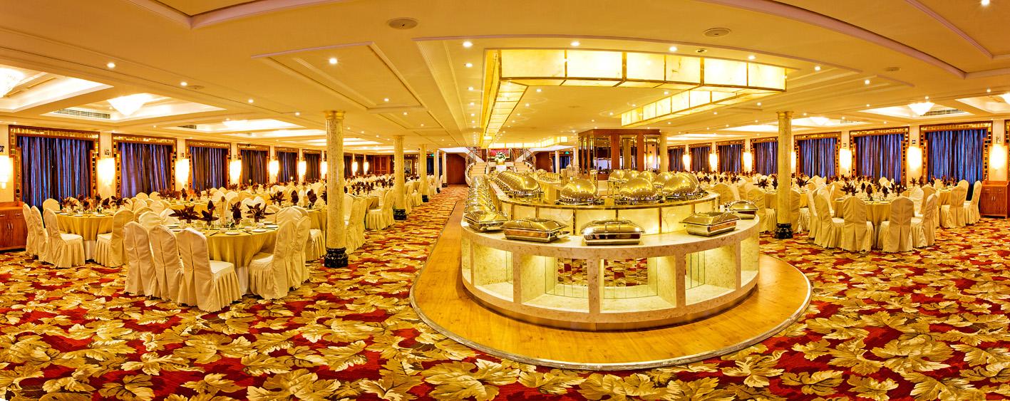 President Cruises President No. 8 Restaurant 4.jpg