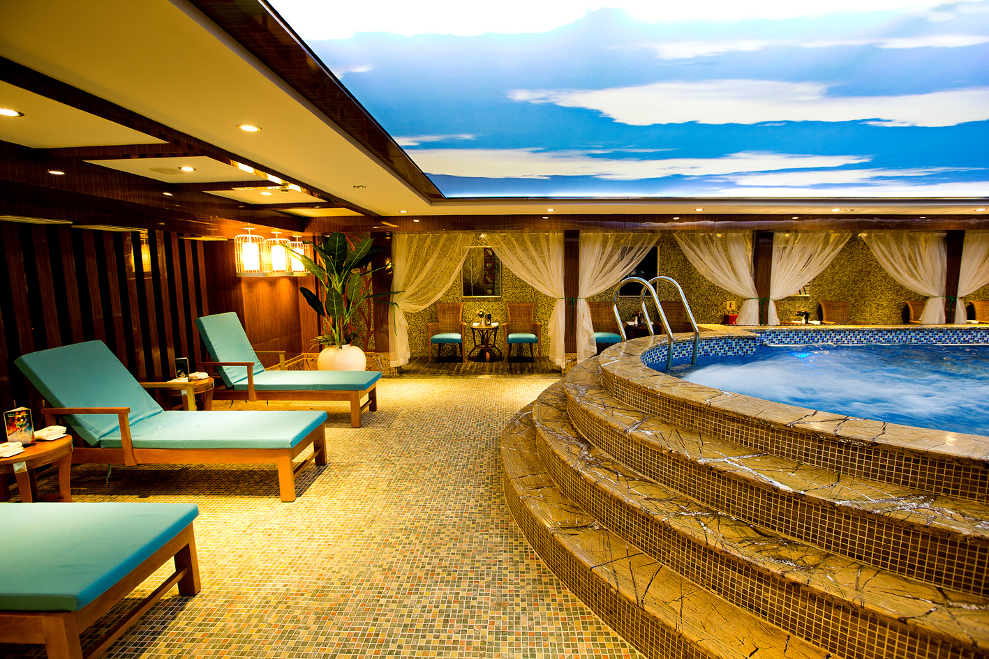 President Cruises President No. 8 Swimming Pool.jpg