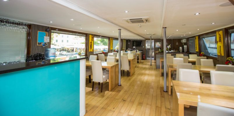 Noble Caledonia Royal Eleganza Interior Restaurant.jpg