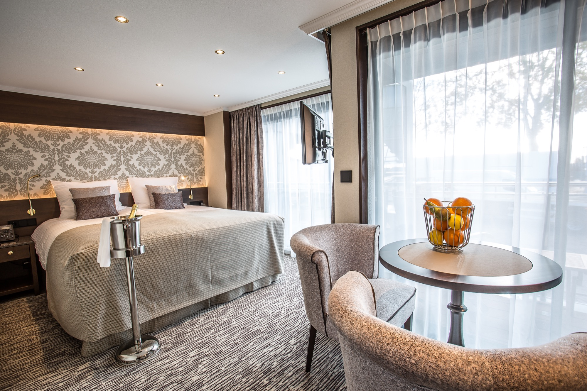 Riviera Travel Thomas Hardy Accommodation Balcony Suite.jpg