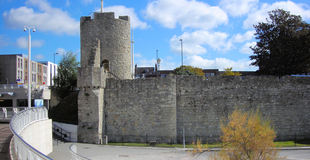 The_Arundel_Tower_-_Southampton.jpg
