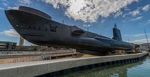 submarine 1.jpg