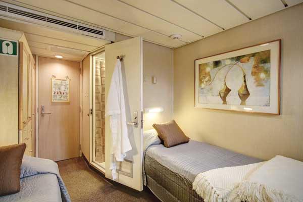 UnCruise Safari Endeavour Accommodation Master Cabin.jpg