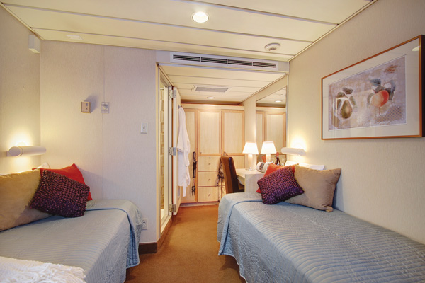 UnCruise Safari Endeavour Accommodation Master Cabin 2.jpg