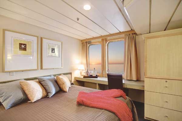 UnCruise Safari Endeavour Accommodation Admiral Cabin 2.jpg